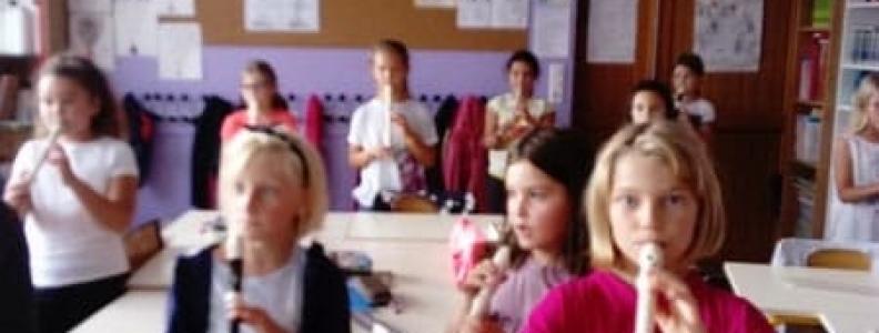 Classe de flute en cm1